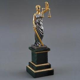Бизнес идея: оказываем юридические услуги через интернет